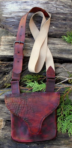 period leather hunting pouch - bag