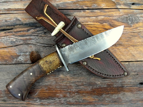 hand forged custom fur trade belt knife.