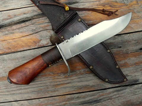 hand forged frontier style Bowie knife