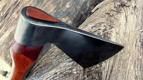 custom trade-axe