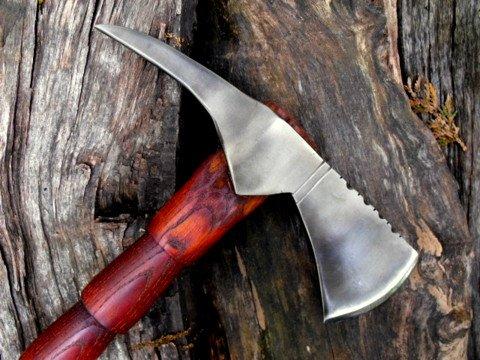 spike tomahawk